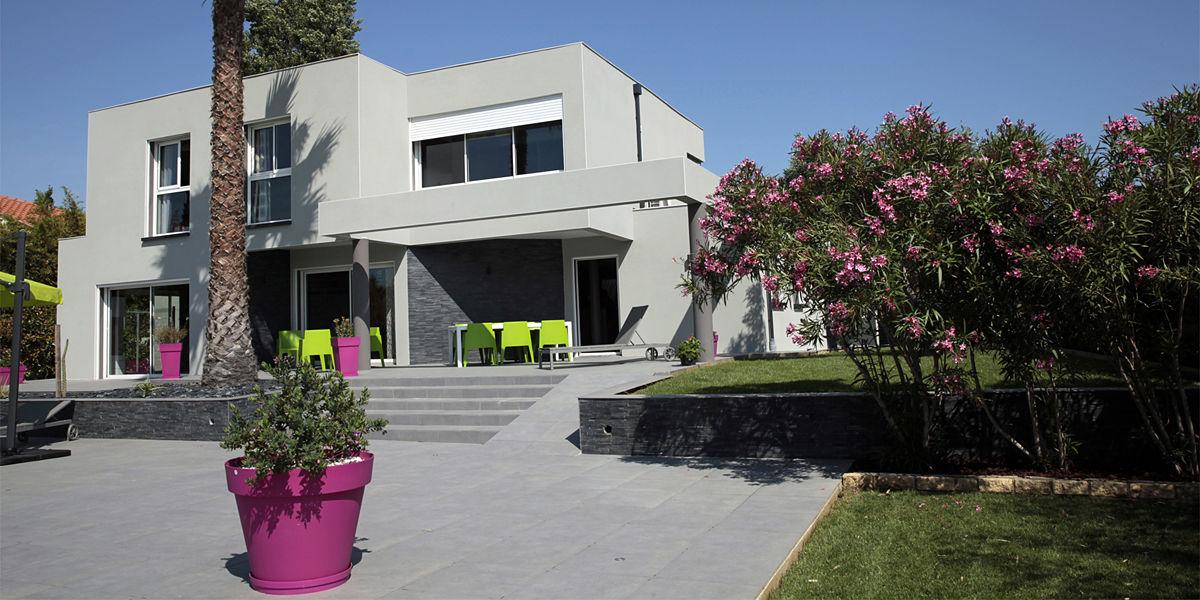 Villa terres d 39 oc vacances villa luxe perpignan for Model de villa de luxe